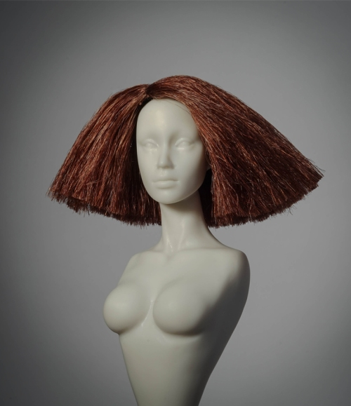 red wig sellerdeck