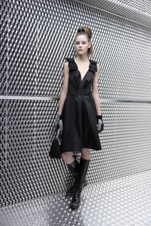 Prada-pre-fall-2015-menswear-fw-2015-10