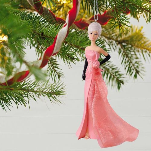Glam-Gown-Barbie-Porcelain-Exclusive-Ornament-root-1QXC5126_QXC5126_1470_2.jpg_Source_Image